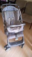 Carrinho de Bebê com Cadeirinha