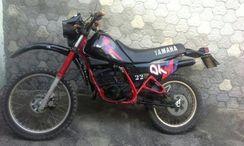 Moto de Trilha Yamaha/dt 180 Z